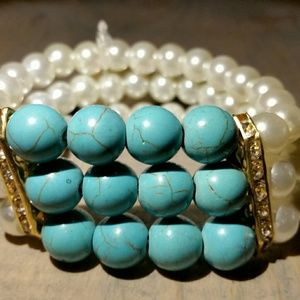 Lovely Turquoise & Pearls Stretch Bracelet